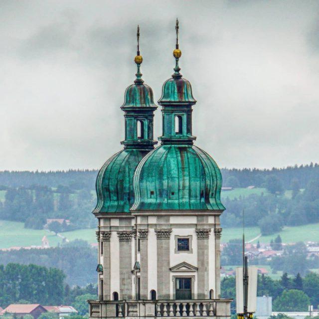Türme der Basilika.