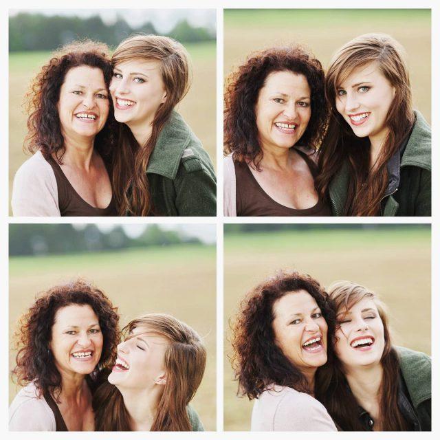 Mutter und Tochter haben Spass.